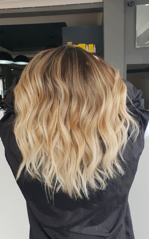 balayage specialist, foilayage, st albans, colour specialist, hairdresser, Hatfield Road, Maltings, salon, the salon, the salon collection